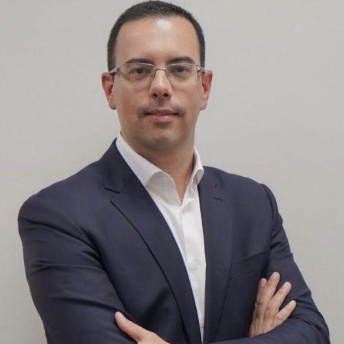 Bruno Barata (enviado pelo prof)