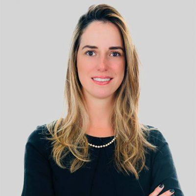 Paula Lima Hyppolito Oliveira